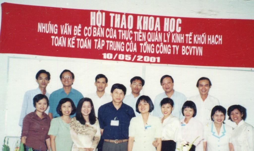hoithao-qtkd2-2011
